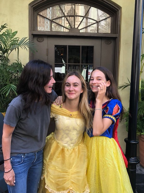 Happy birthday to my 14 year old princess! Thank you @Disneyland for a great day! #Disneyland https://t.co/cAT0idqI23