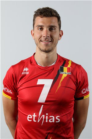 L'international belge 🇧🇪 François Lecat, réceptionneur-attaquant de 25 ans,...