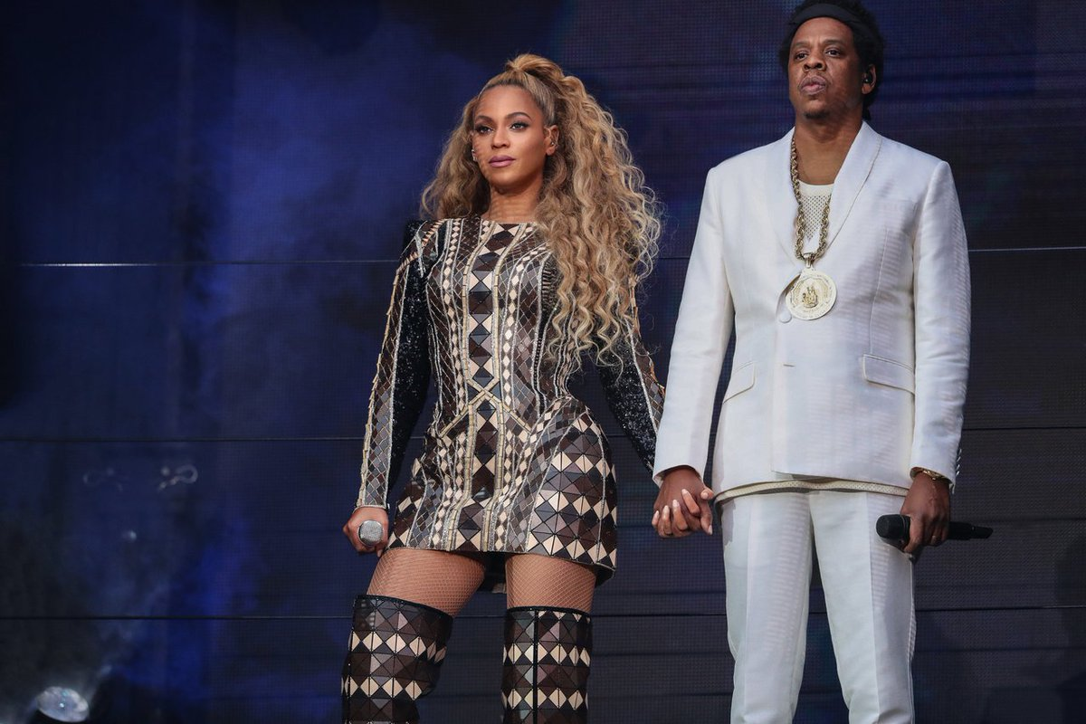 QUEEN B, Last night @Beyonce wore a #BALMAINRE19 opening look onstage during her #OTRII tour #BALMAINARMY https://t.co/Ai54kTPC7l