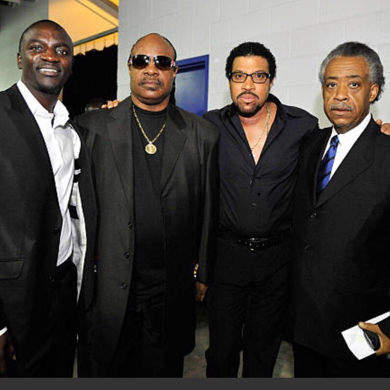 #tbt @StevieWonder @LionelRichie and Rev. Al Sharpton https://t.co/cAYNqepwrr