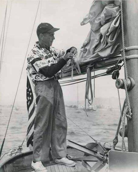 RT @HumphreyBogart: Humphrey Bogart at work aboard his beloved Santana. #FlagDay https://t.co/6IPDt644zN