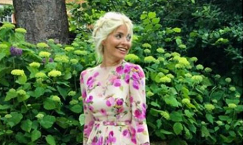 Holly Willoughby's garden will give you some summer inspiration - take a look!