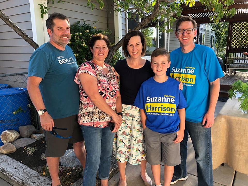 test Twitter Media - Thank you to @gsummerhays and Andrea Summerhays for hosting a neighborhood meeting for us this week at their home. I loved meeting Vince and Felicia Boothe - small business owners doing great things in the tech world in @sandycityutah. #SandySmallBusiness #YourVoteMatters https://t.co/50bCF82HfE
