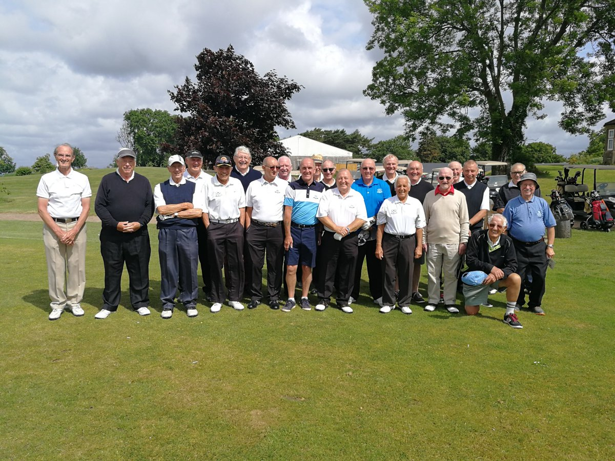 test Twitter Media - Today we've welcomed two groups on both our Mackintosh and Button Gwinnett Courses!⛳️  Group Photo: Parc Golf Club Seniors on the Button Gwinnett🏌️♂️  Old Kings Monktonians Birthday Boy Mr Thomas🎈  We hope you've all enjoyed your day with us! https://t.co/3HQN2MvOHq