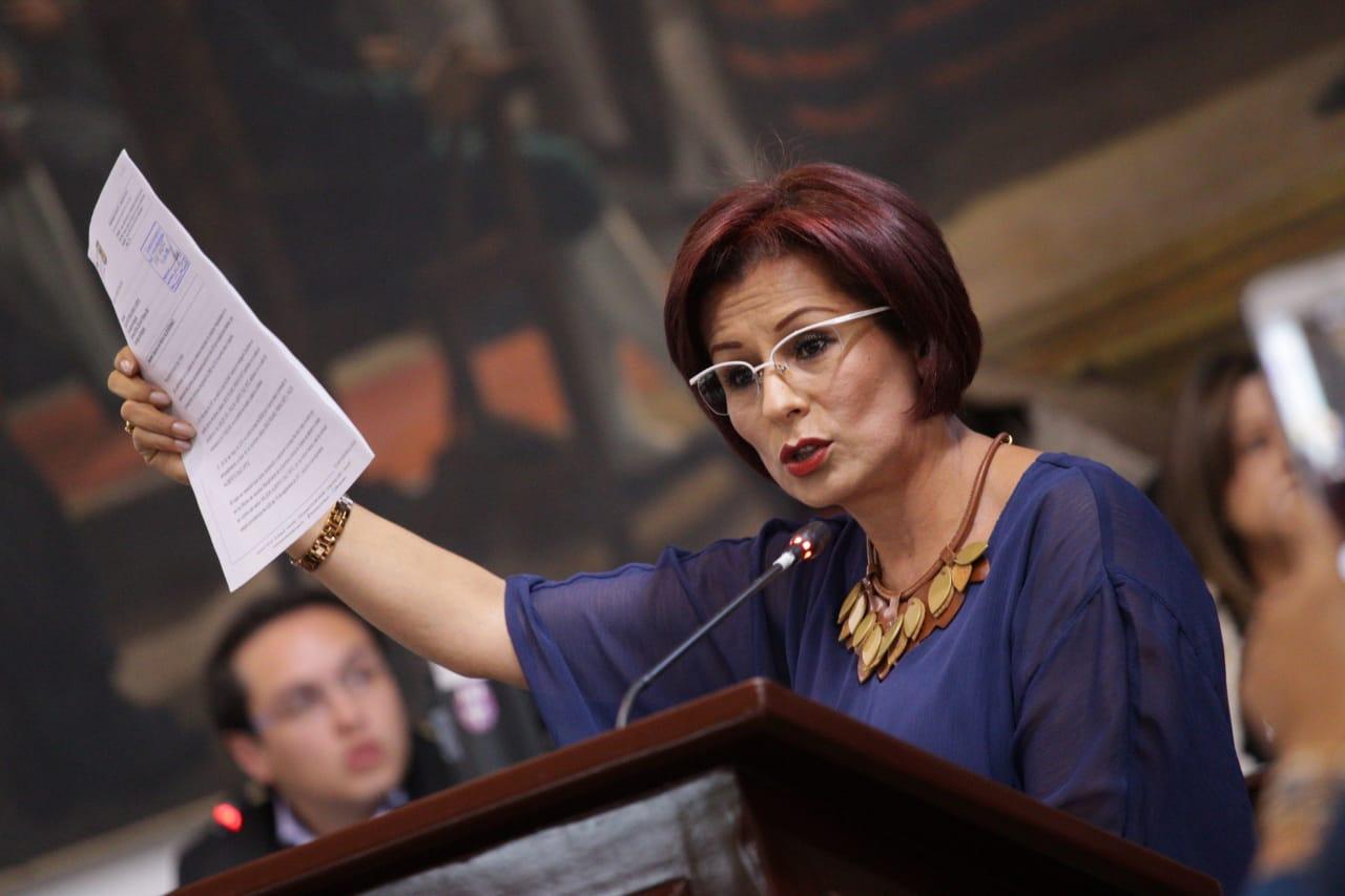Imagen de portada de Colombia Mujer