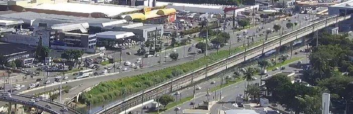 #Trânsito livre na Avenida ACM, nas proximidades GBarbosa, sentido Shopping da Bahia. Foto: SSP-BA. https://t.co/UT0jcTM2gf