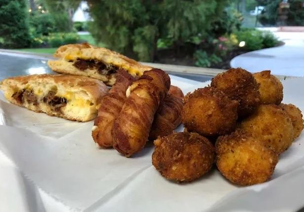 This Week The Big Cheese Food Truck Grilled And Fried Up Some