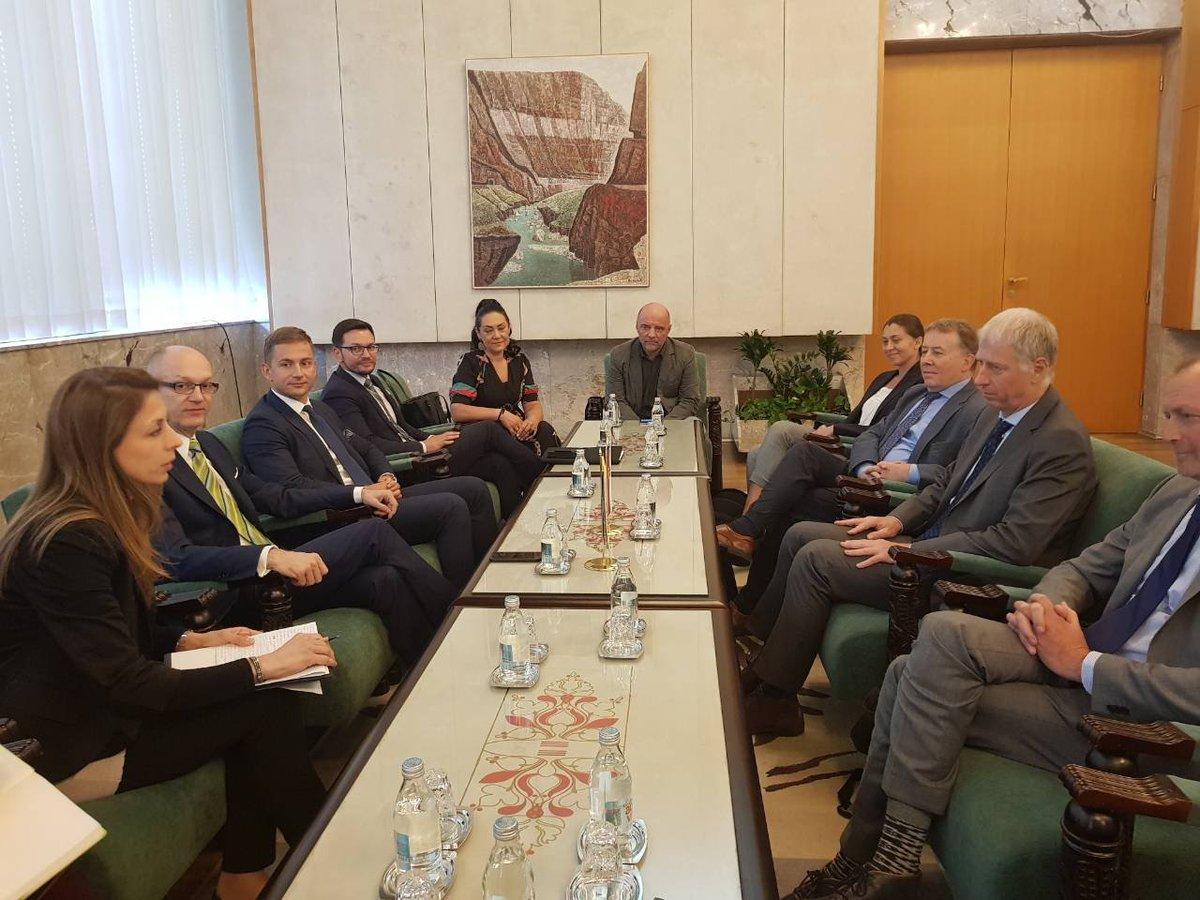 test Twitter Media - Evropska agencija za životnu sredinu je visoko ocenila napredak Srbije u #ZaštitaŽivotneSredine Zbog ostvarenih rezultata, direktor #HansBruyninckx je konstatovao da naša @SEPA_Serbia ispunjava uslove za stupanje u članstvo @EUEnvironment @MinistarstvoZZS https://t.co/sBsK8ADvqz https://t.co/T9SuW11JoI