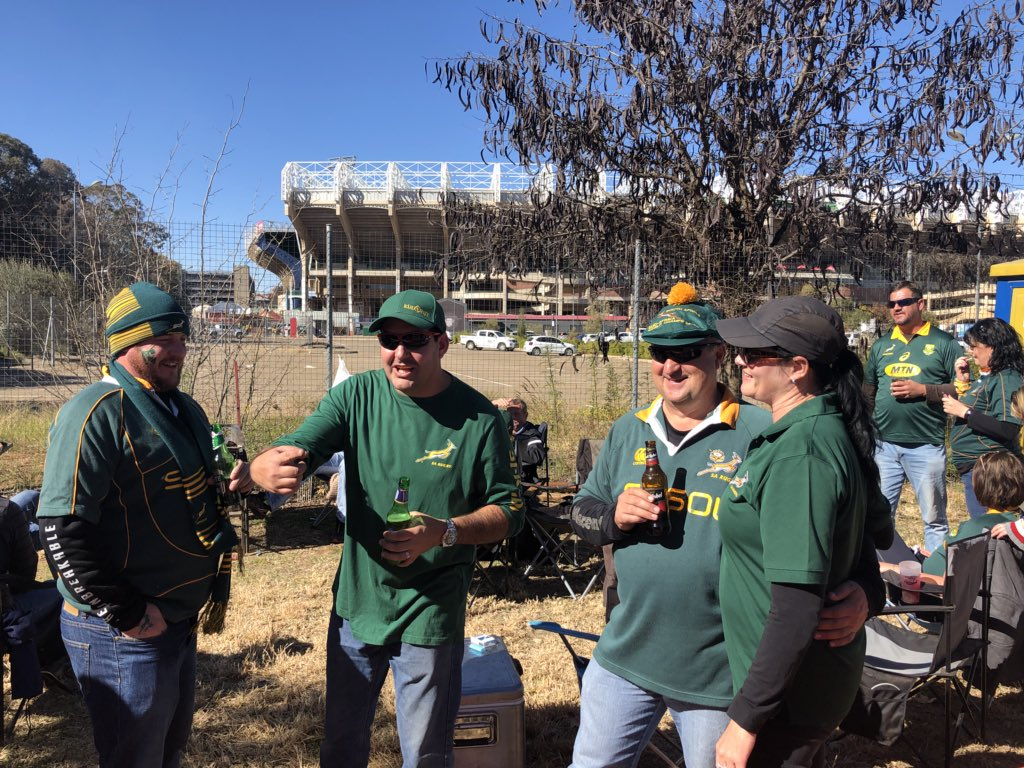 test Twitter Media - Springbok fans are set up at the stadium in Bloemfontein, with three hours to kick-off.  Temperatures will have fallen to about five degrees by the time England run out. Full radio commentary of the second Test from 16:00 BST on @5liveSport and live text on @BBCSport website. https://t.co/hzteJ6OHrN