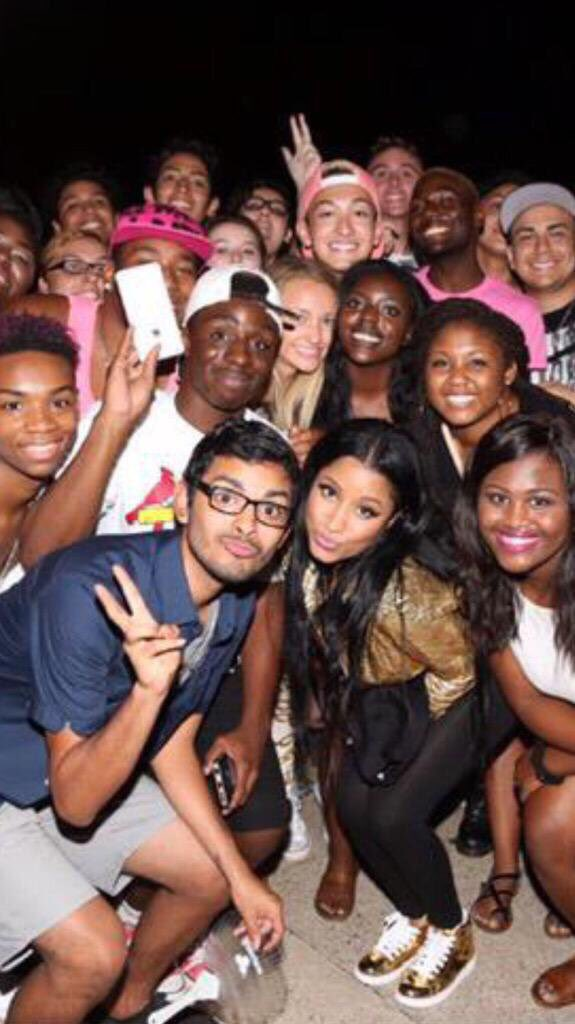 RT @Crazy4Minaj: @NICKIMINAJ Well..... I'm deleting my pic!!! ???????? nicki can't even remember half of us https://t.co/iKDkZlQXlx