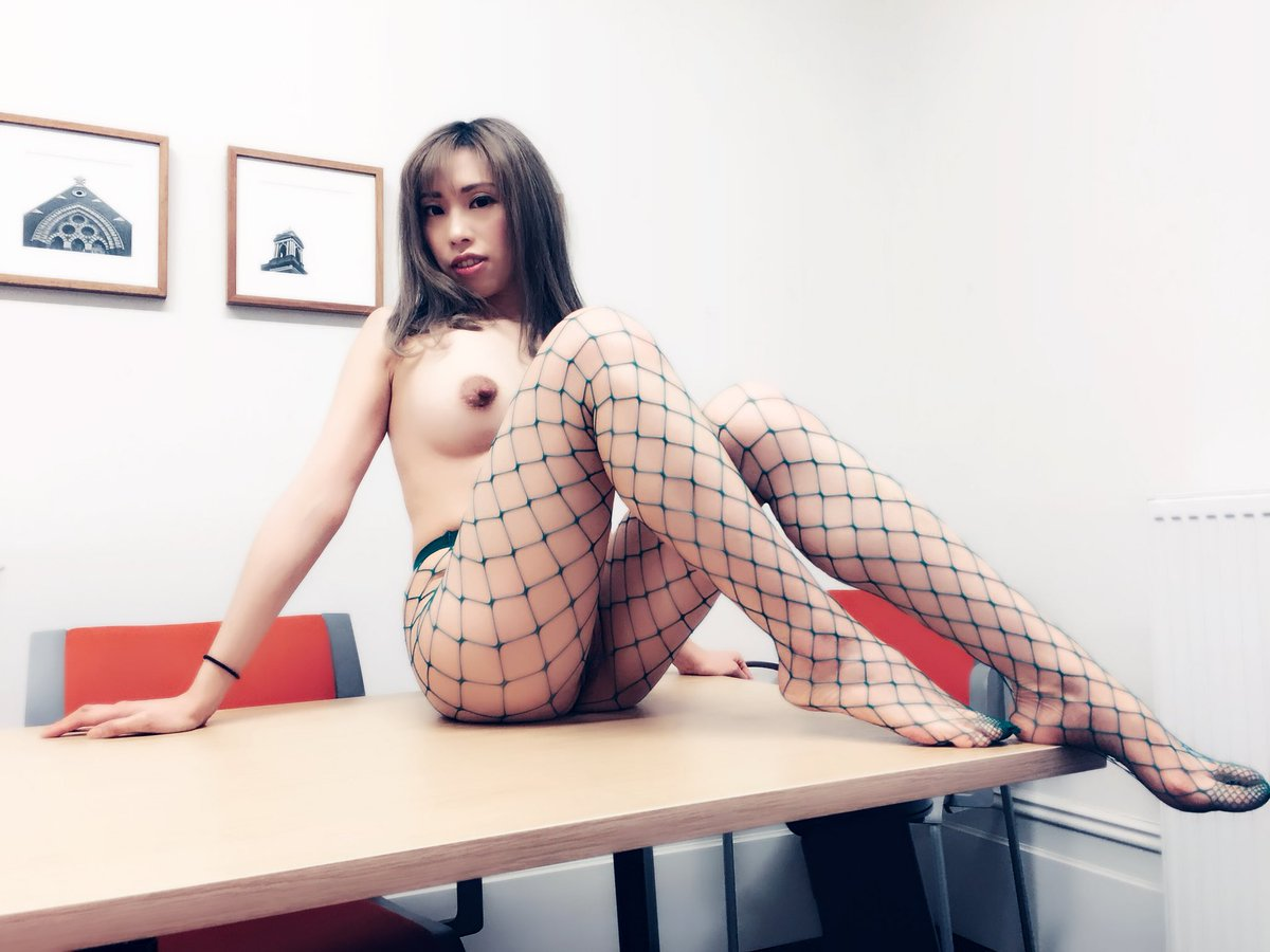 Do you like me to be your secretary sit on your meeting room table every Monday UmQKkdu