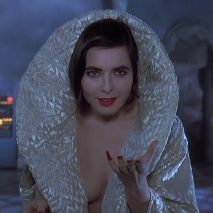 Happy 66th birthday to the great Isabella Rossellini!