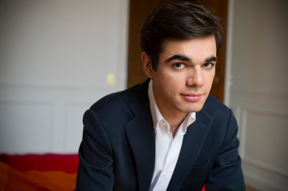 test Twitter Media - Afternoon all! Here's my #interview piece with French pianist #JeanPaulGasparian. He talks about his new debut album, his background in Russian #classicalmusic and provides some inspiration words for aspiring pianists. I can't believe he is 22 years old! https://t.co/brpPuWv9YE https://t.co/BzkSxZTioM