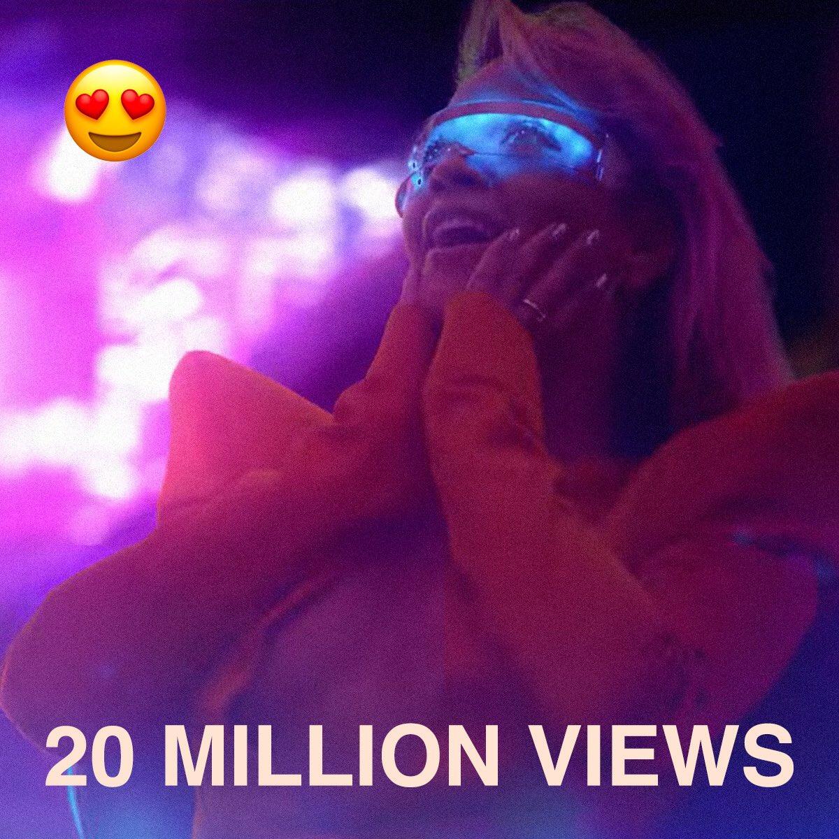 My face when I saw #GIRLSVideo hit 20 million views! Thank you! https://t.co/i2moE0MXjN https://t.co/sZ0dB2IlDq
