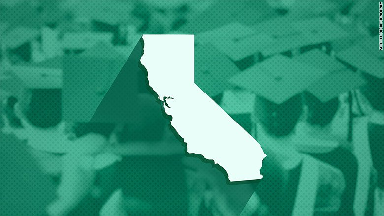 California is creating one big online community college https://t.co/YDttWKeTyI https://t.co/AYzo59MTHp