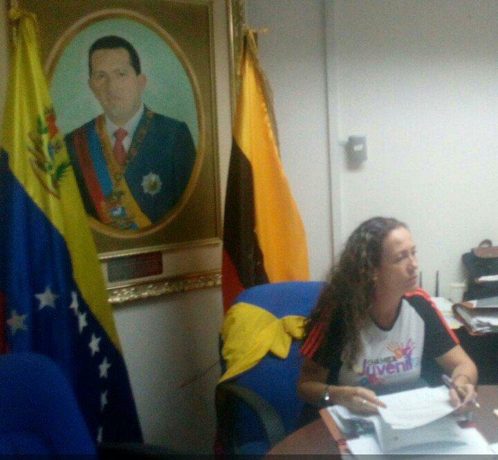RT @charlychaves: 💛💙❤   Con más motivos para seguir en el camino del Socialismo 🇻🇪  #VenezuelaDignaYSoberana https://t.co/NspiHSFGzF