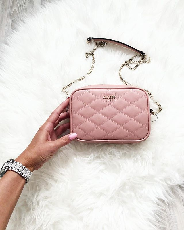 RT if you need this in your life 🌸 https://t.co/uhfaZVE2Sz #LoveGUESS https://t.co/euutSKSJoo