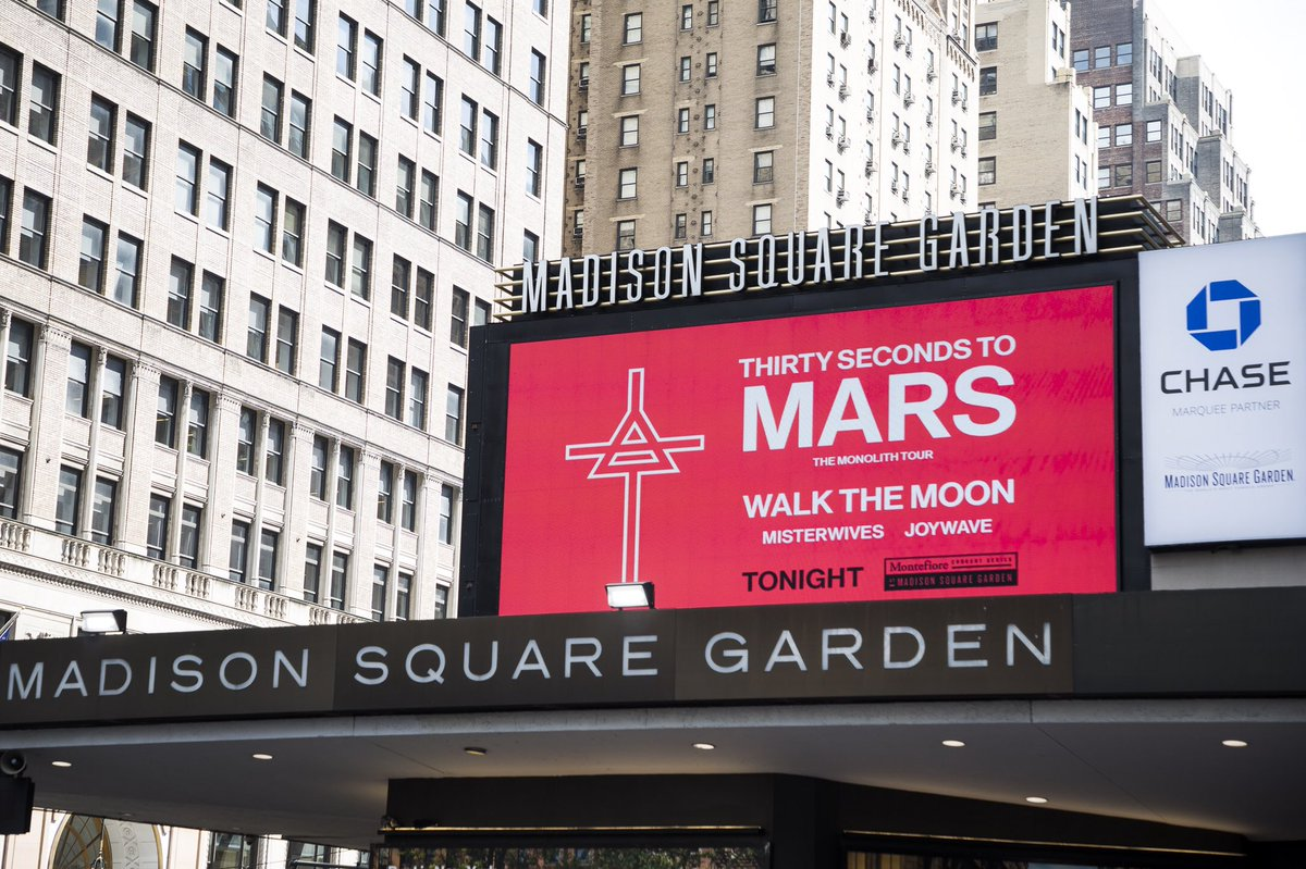 RT @TheGarden: Countdown. @30SECONDSTOMARS  @WALKTHEMOONband  @MisterWives @joywave  #30SecondsToMSG https://t.co/wCnKLXSleL