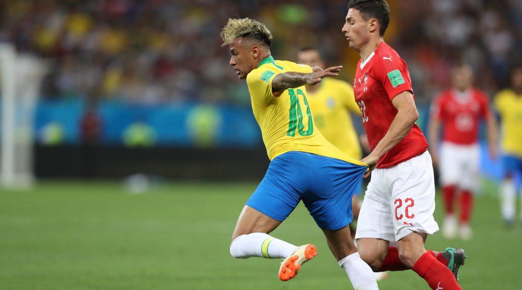 Fifa se nega a entregar áudios do árbitro de vídeo àCBF https://t.co/B4dTw1g9IT https://t.co/TM5TGIeeo9