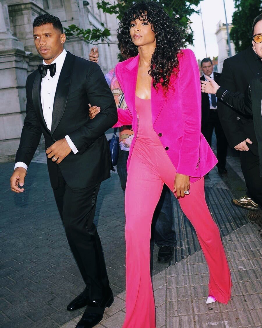 Date Night In London. Me and My Hubby @DangeRussWilson In @TomFord. V&A https://t.co/QlmT8wtQdA