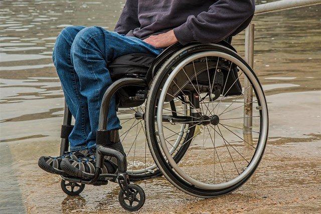 test Twitter Media - Día Mundial de la Esclerosis Lateral Amiotrófica (ELA). Uno de cada 800 españoles padecerá ELA a lo largo de su vida. https://t.co/Du0wTJXUvM Vía: @infosalus_com https://t.co/wGdPkQNPR2