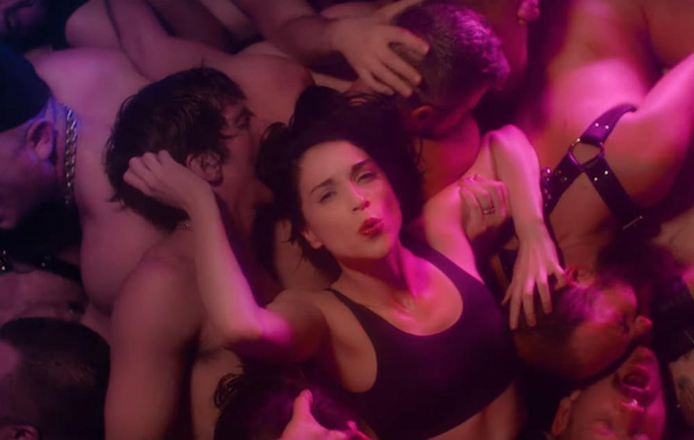 Watch St Vincent rave through a gay club in new video for 'Fast Slow Disco' https://t.co/ToyeQZfIEL https://t.co/ncykcxdpkk