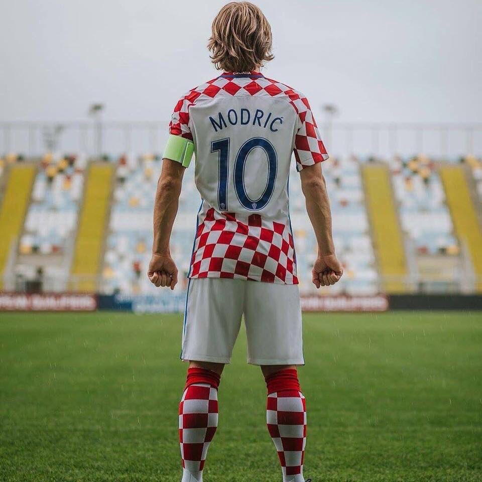 El mejor 10 del mundo: @lukamodric10 ⭐️ https://t.co/VKdCJr4Pq1