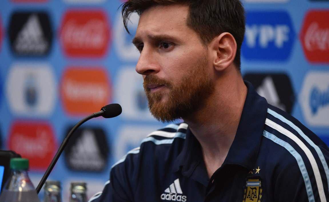 RT @Emillianho_: -Alors le 3-0? - Ba moi à la base je m'appelle Messič #ARGCRO https://t.co/ZkSXs6TVDd