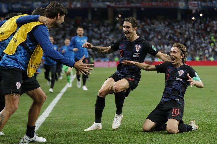 @BroadcastImagem: Seleção da Croácia bateu a Argentina por 3 a 0 pelo grupo D da Copa da Rússia. Ricardo Mazalan/AP