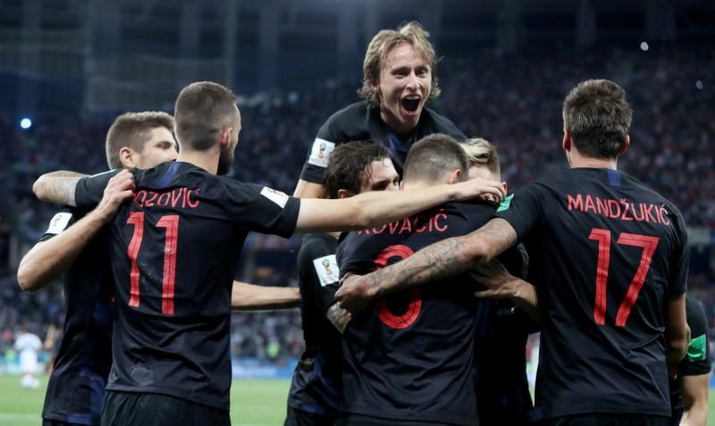 Croatia in dreamland as Messi's Argentina suffer nightmare https://t.co/Y6uGOYElgc https://t.co/pUcEhFfSsv