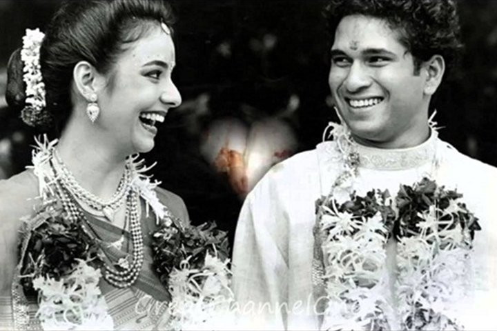 "test Twitter Media - ""I've not known any other person in my life except him. I understand him so well. So whether I am his girlfriend or his wife, it's the same thing, just an extension of that bond."" #AnjaliTendulkar  #SachinTendulkar #ShaadiCeleb #SparkAPurpose https://t.co/6b8JcYiiOn"