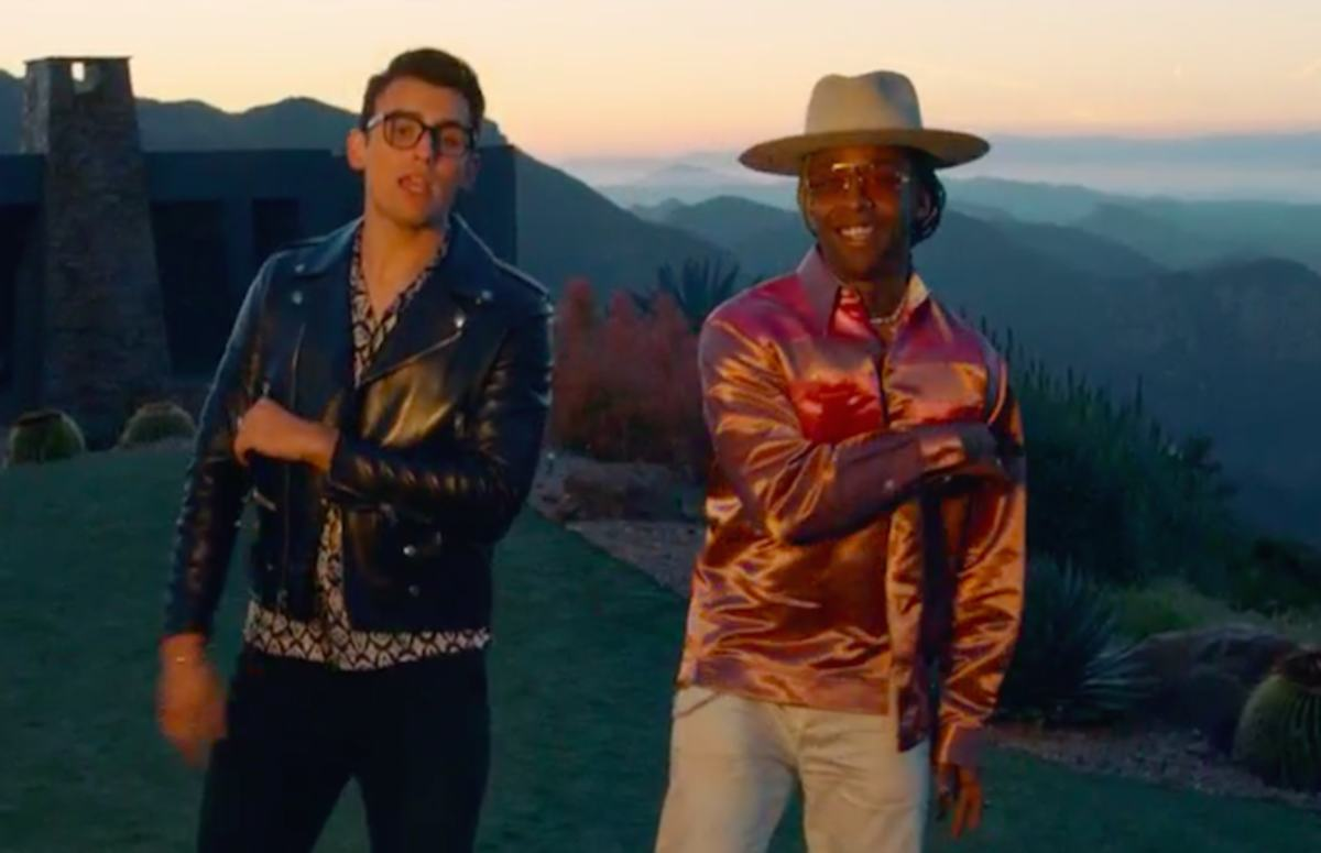 RT @ComplexMusic: Premiere: @stanaj and @tydollasign share video for