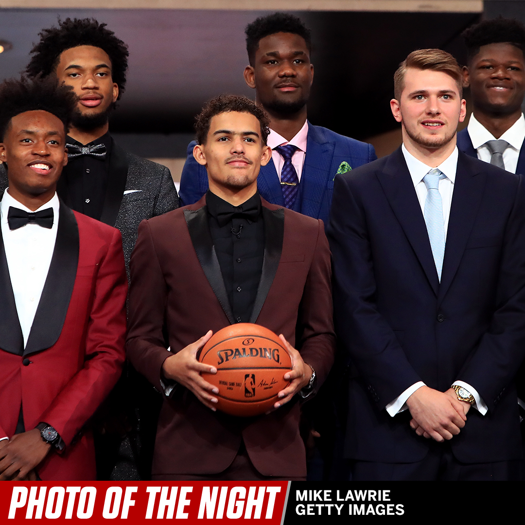 Drafted. #PhotoOfTheNight https://t.co/QPEMz6ls0O