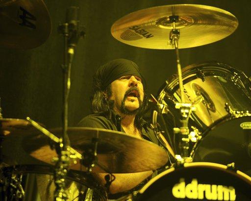 RT @DEADLINE: Vinnie Paul Dies: Drummer For Hard Rock's Pantera Was 54 https://t.co/YloJ0akIMO https://t.co/WwAFROSL8L