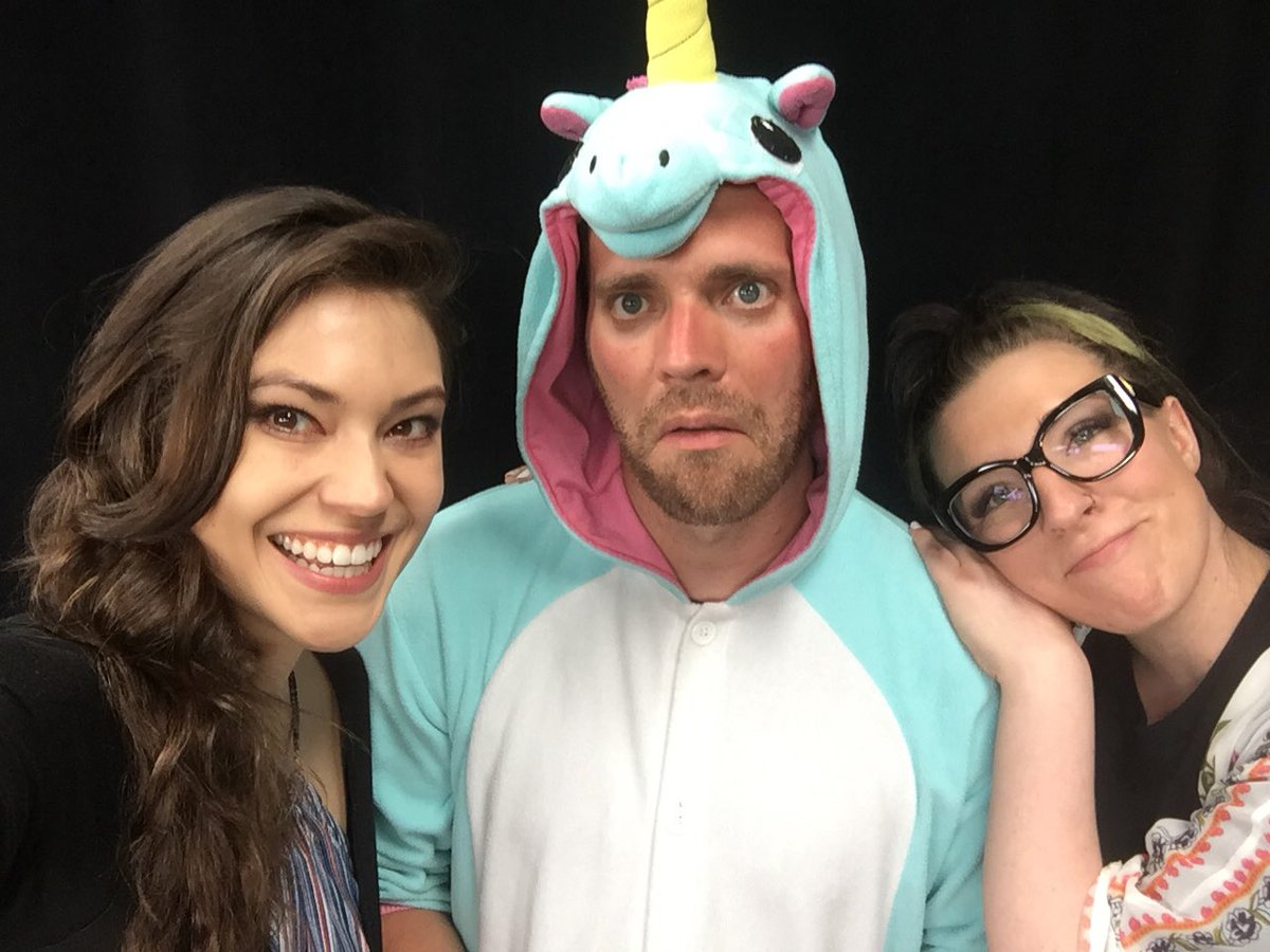 RT @StefWoodburn: Reunited at raising $160K for @raicestexas @feliciaday @Twitch @JessicaMarzipan @zaceubank https://t.co/eVAWwfZjyP