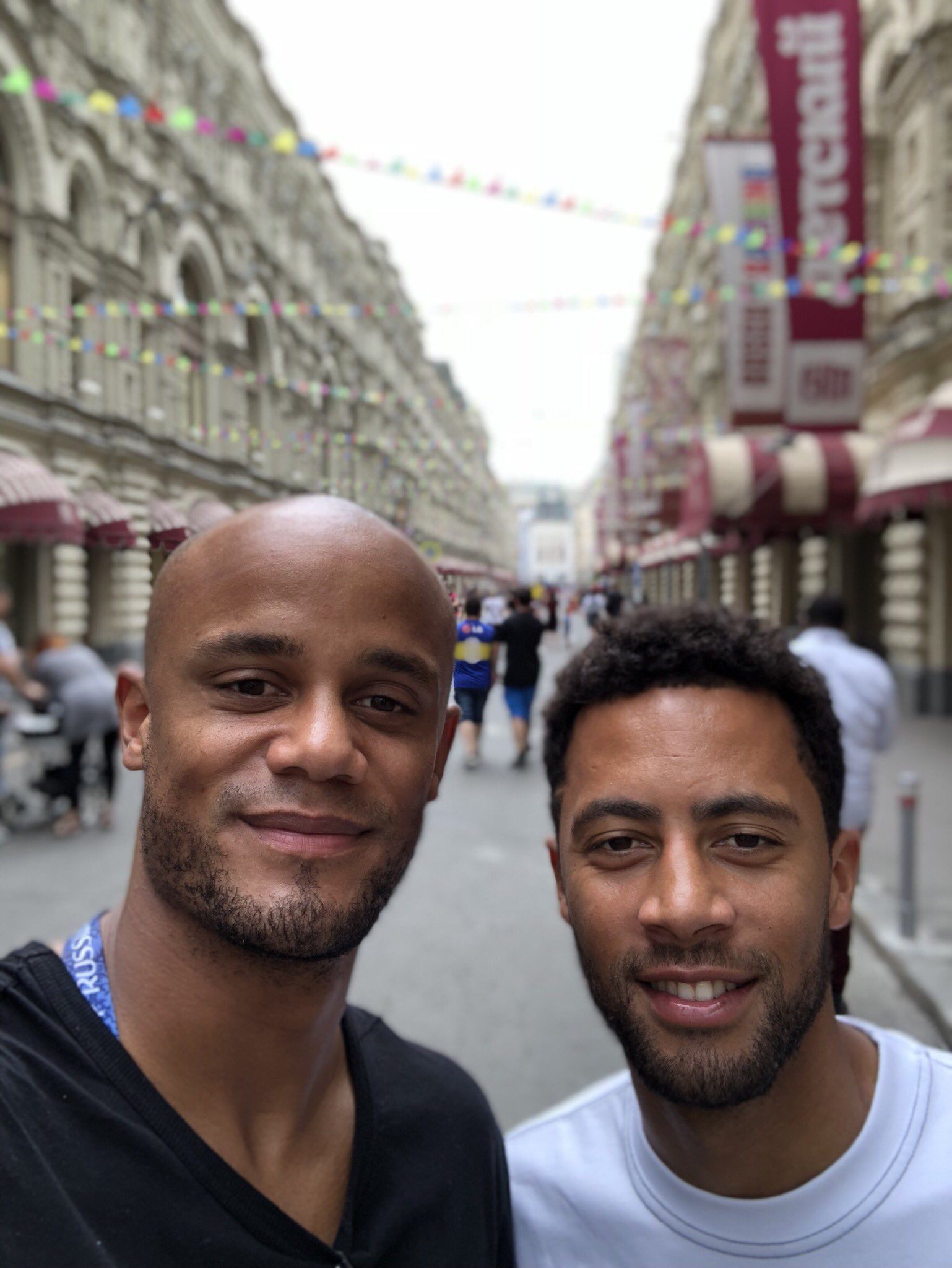 Visiting the wonderful Moscow with my bro. #Tourists #Belgium #RDC #Mali #REDTOGETHER https://t.co/ntDGxPXyXa