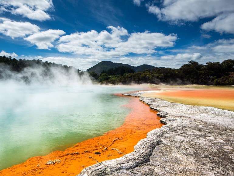 Incredible natural hot springs around the world every traveler should visit https://t.co/z5oCQyColt https://t.co/D5H8QlW8Rg