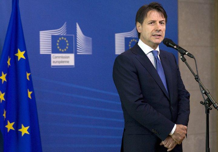 @BroadcastImagem: Tive reunião sobre imigração com líderes europeus e saí satisfeito, diz Conte. Virginia Mayo/AP