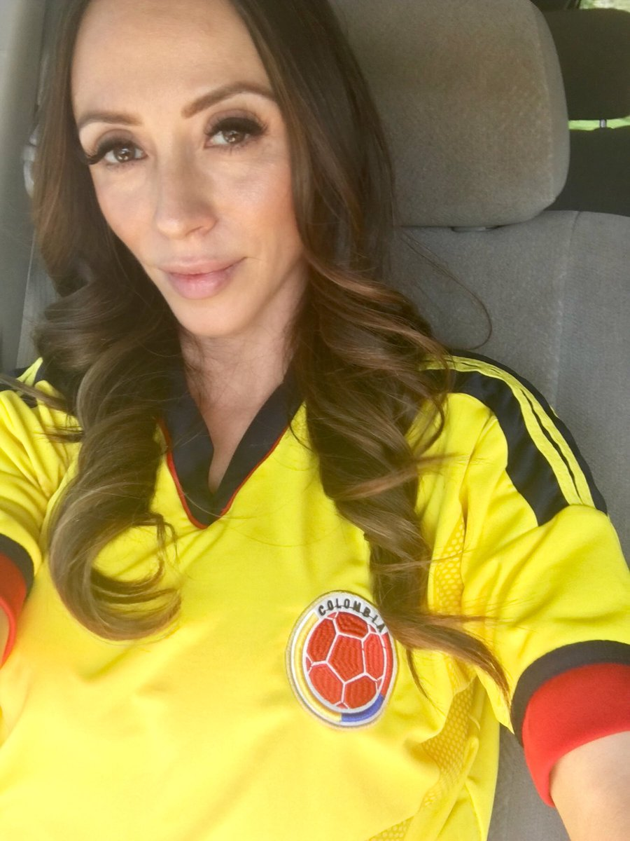 1 pic. En mis pensamientos on the way to set ... & Celebrating a good win! #Colombia