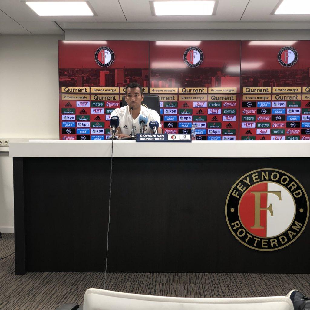 test Twitter Media - Van Bronckhorst: 'We willen langer meedoen om het kampioenschap dan vorig seizoen. We gaan alles uit elke dag halen.' https://t.co/iNy2fHUZ2m
