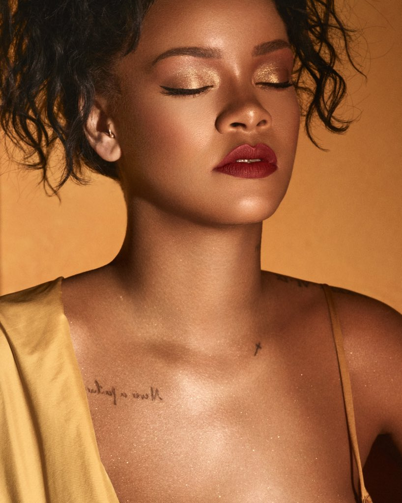#MOROCCANSPICE eyeshadow palette #FLYLINER liquid eyeliner and more coming July 6th. @fentybeauty https://t.co/trnu09QYTx