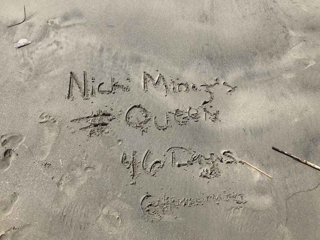 RT @HusseinMinaj: Just thought the whole beach needed to know that @NICKIMINAJ's album, #Queen is coming ???????? https://t.co/CbYwxnCeUG