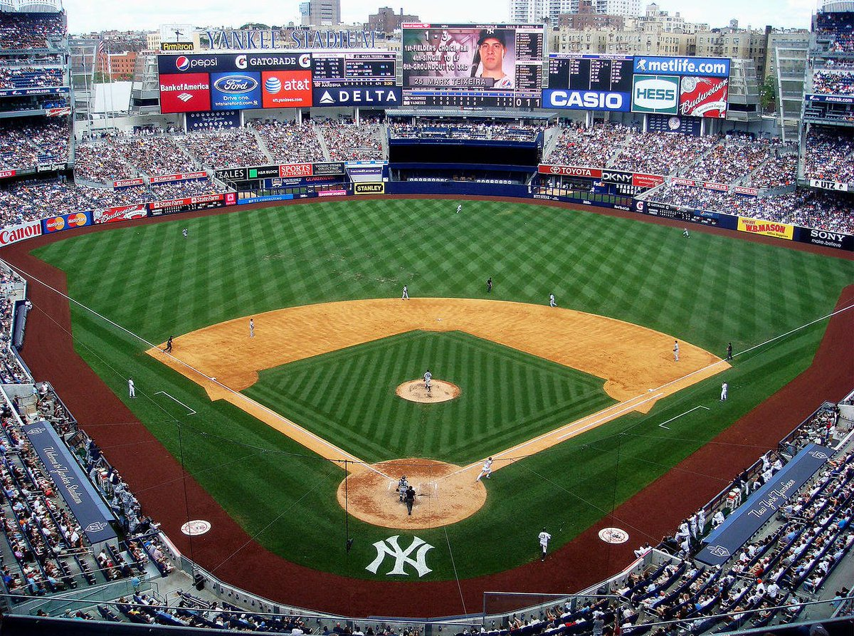 test Twitter Media - Hey #NYC alumni! What are you doing August 19? How about watching the @Yankees play the @BlueJays at Yankee Stadium with other #WesAlumni? ⚾ Get your tix here: https://t.co/h402cSkZO3 #Baseball https://t.co/cN3pMVczKs