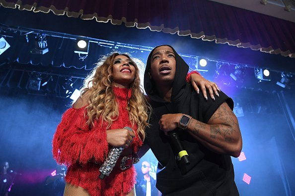 RT @HOT97: YAY or NAY? Do You Want a Joint Album from Ja Rule and Ashanti ? [PHOTO] https://t.co/BVl7dTgaUH https://t.co/Avbrxn7JGg
