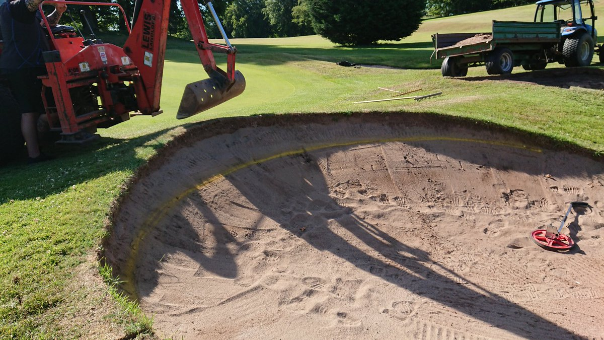 test Twitter Media - The 10th will be on a temporary green again today as we are doing maintenance. We are building new edges on the front two bunkers acting as a trial for future bunker improvements. https://t.co/Mb0RFwBGzZ