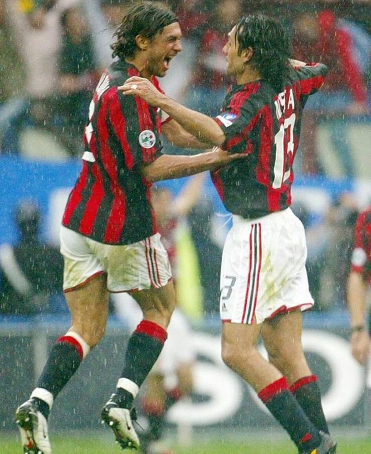 Tanti auguri Capitano 👏🏼👏🏼👏🏼 #PaoloMaldini #50 #happybirthday #captain https://t.co/puYMND2xXO