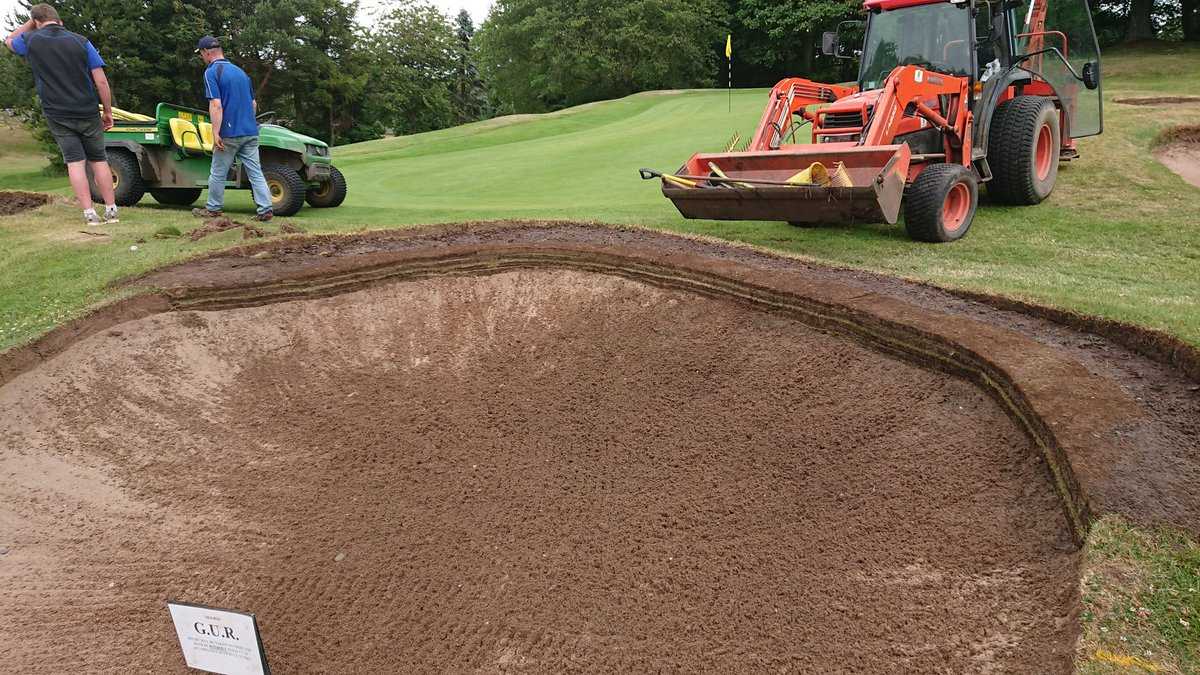 test Twitter Media - One of the bunkers at 10th is back in play after the trial bunker edge build. We will let the medal past and finish other one off tomorrow. https://t.co/UDUeKBE2Xe