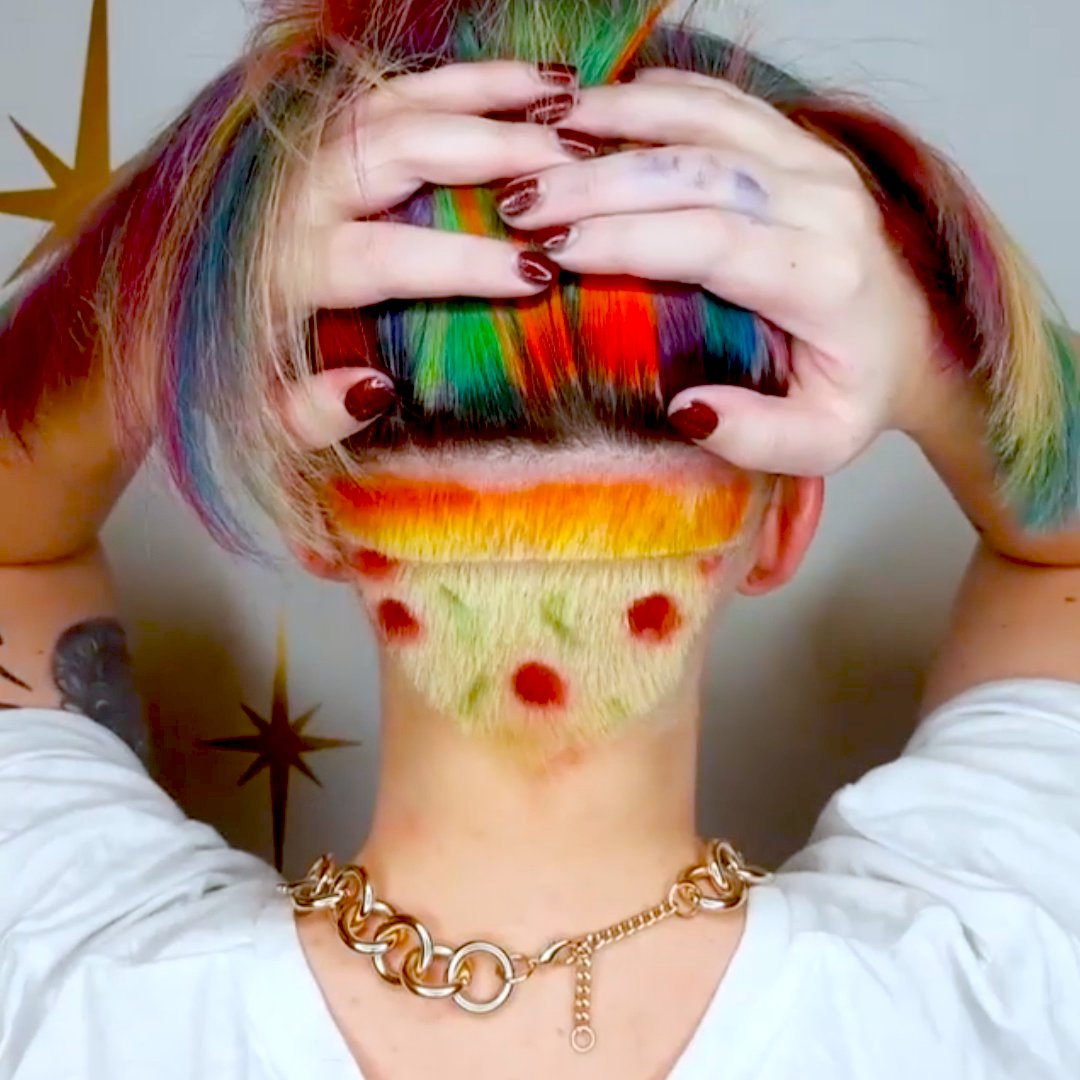 Wear your favorite food in your hair 💇♀️ https://t.co/A23FVdT7rJ
