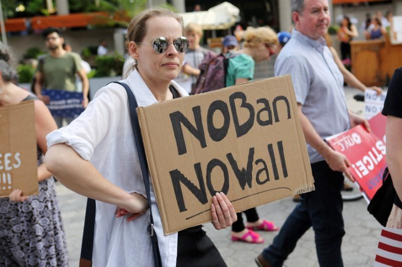 Women plan 'civil disobedience' action in Washington against Trump