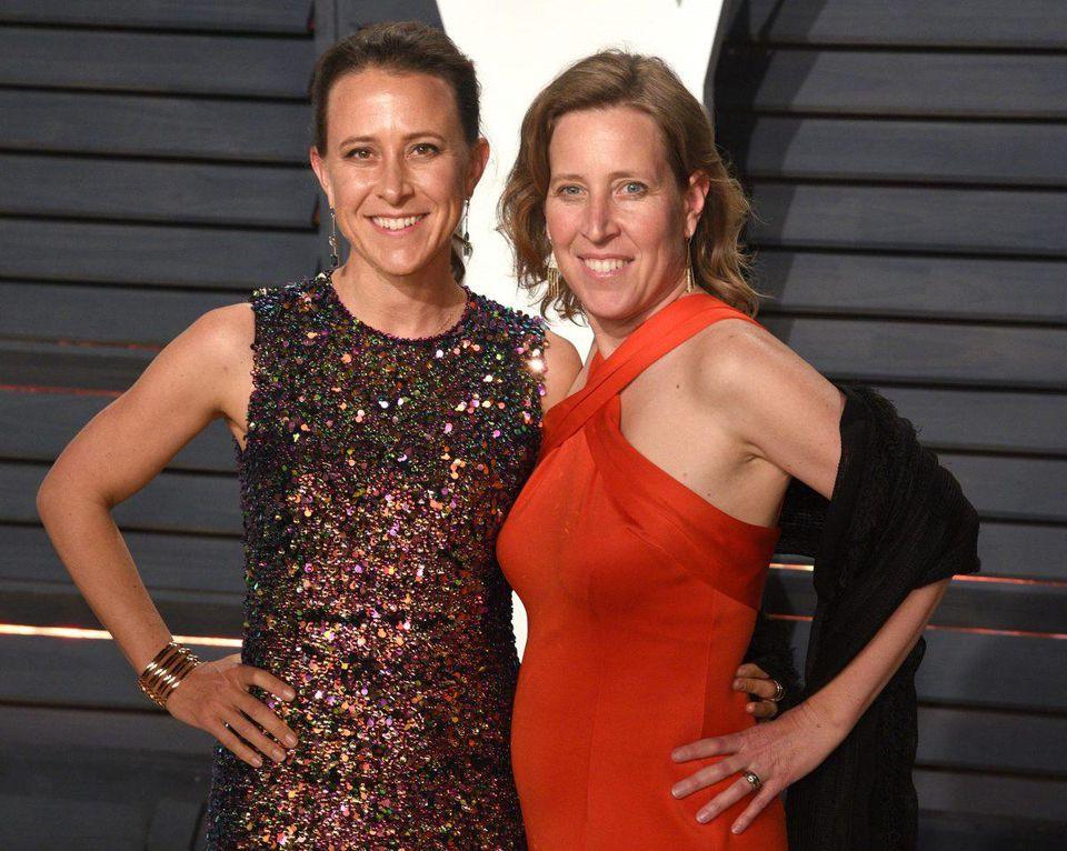 Sisters Anne Wojcicki Ceo Of 23andme And Susan Wojcicki Ceo Of